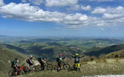 Escursioni in e-bike con guida e degustazione organizzate da CTF Travel